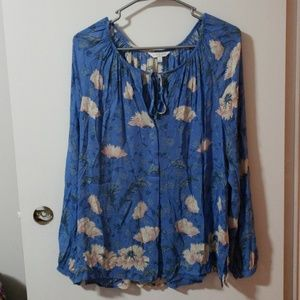 Lucky brand blue floral top
